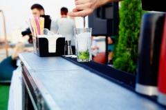 Bartender makes a mojito